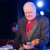 Henning Stærk giver koncert i Vershuset, Næstved for fuldt hus.